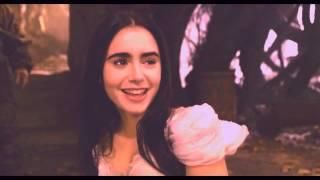 Snow White / Red Riding Hood - Black moon