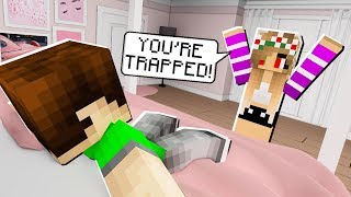 FANS TRAPPED & TROLLED ME in Minecraft!