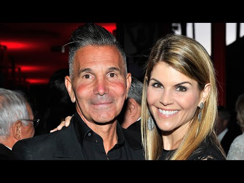Lori Loughlin and Mossimo Giannulli to Plead GUILTY in College Admissions Scandal