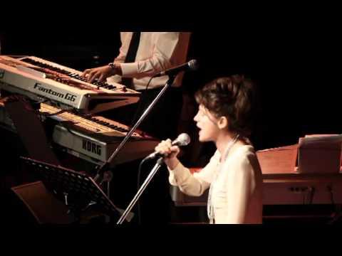 12   Primavera Lokomotion Live at the Blue Note