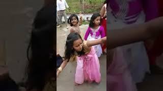 LAla kada santhi awesome dance......