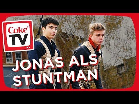 Stuntshow mit Jonas | #CokeTVMoments