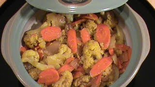 Curry Cauliflower With Carrot -- Quick & Easy Vegetarian Cuisine  By Chinese Home Cooking Weeknight