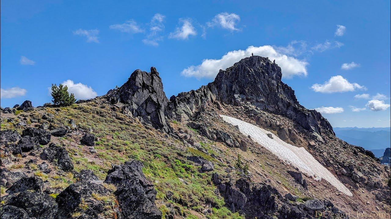 Hawkeye Point - Goat Rocks Wilderness, Washington State