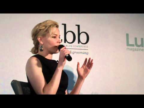 Elizabeth Banks at the Lucky FABB Conference