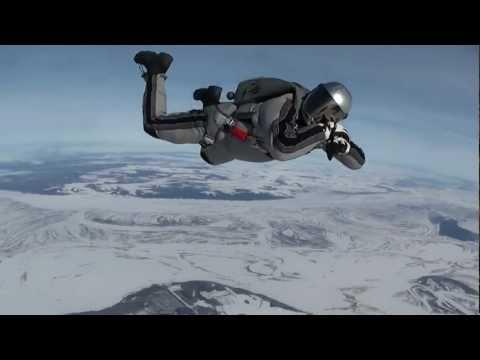 Мензелинск 2013 прыжок с парашютом с 4000 м.