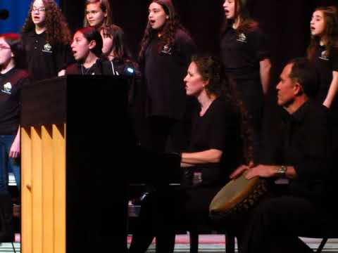 """""""Oye"""" by J. Papoulis, Tony Hillerman Middle School 6th Grade Beginning Choir"""