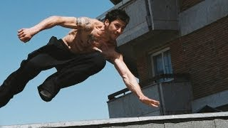 "Parkour Footage featuring David Belle District 13  -  NEUEN  -  ""Escape from Cosa Nostra""  -"