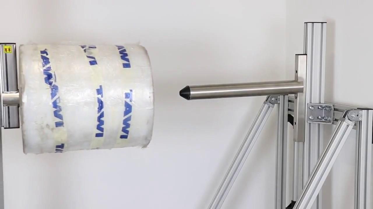 Carretilla elevadora con eje fijo para manipular bobinas