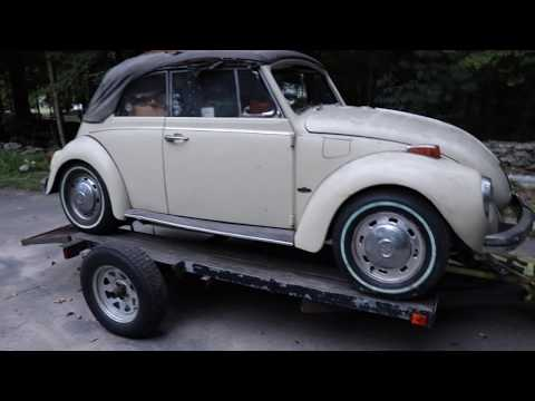 1971 Volkswagen Super Beetle Karmann Convertible pulled from garage & a Ton of Vw Parts