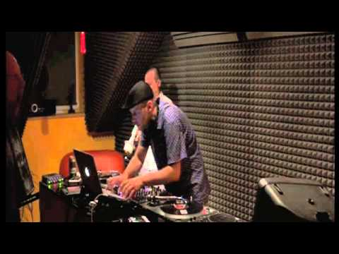 Bollo  & Remo (trumpet) live deephouse set at BPM.DJ