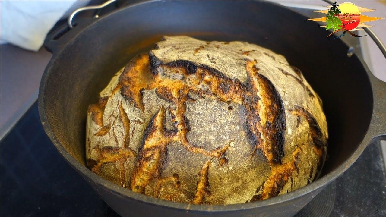 Krusten-Sauerteigbrot Backen im Dutch Oven - Crusty sourdough bread Baking  in the Dutch Oven