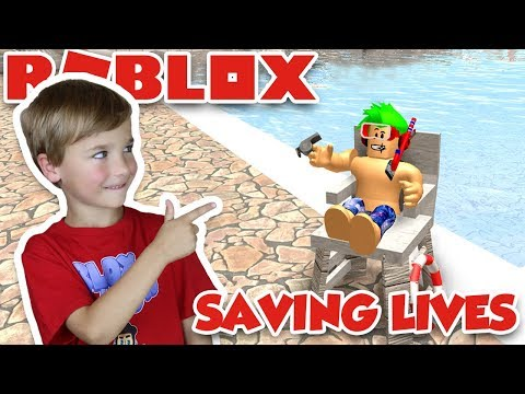 BEING LIFEGUARD in ROBLOX WATERPARK