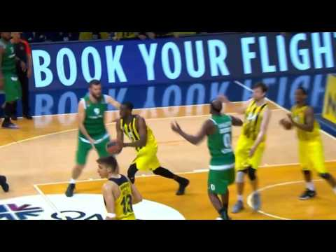 Izmir anthem by Fenerbahce fans during the game of Panathinaikos