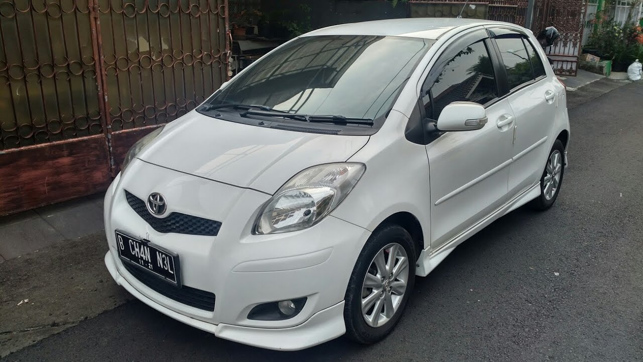 In Depth Tour Toyota Yaris S Limited 2011 Indonesia