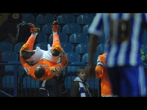 lua-lua-amazing-goal-&-celebration!---sheffield-wed-0-3-blackpool---highlights- -fa-cup-4r-07-02-12