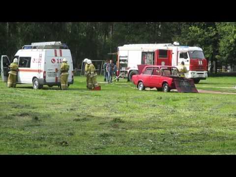Показательные действия пожарных на 90 лет ГПН в Воскресенске