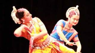 Beautiful India-style Odissi Dancing by Young Students of CWM San Diego