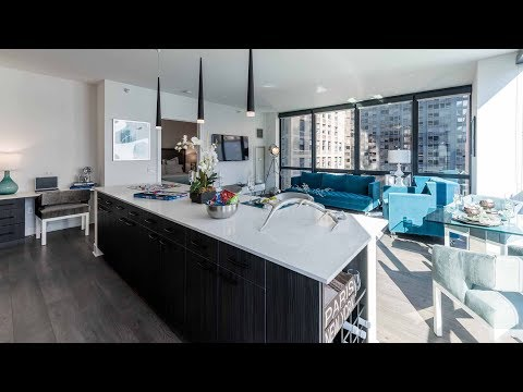 A Loop 2-bedroom, 2-bath model at the amenity-rich 73 East Lake