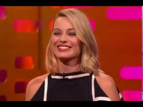 Graham Norton Show s22e01 Ryan Gosling, Margot Robbie, and Reese Witherspoon