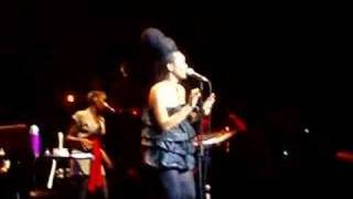 erykah badu live didn t cha know brixton academy london