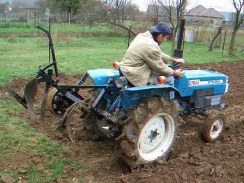 MITSUBISHI D1650 plough