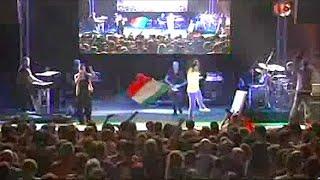 Povia - Siamo Italiani (Live official)