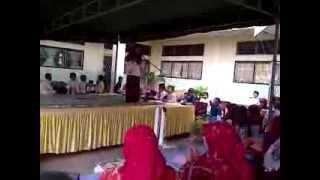 Hauna R Juara 1 Lomba Baca Puisi Maulid Nabi di MIN Kuta Blang Lhokseumawe