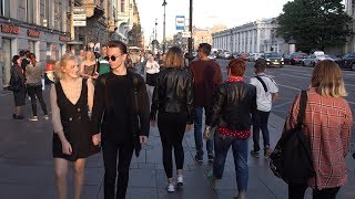 Walking in St Petersburg Russia - Nevsky Prospekt