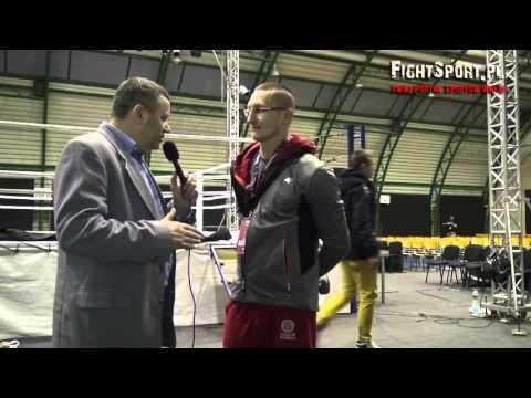 Michał Szmajda po walce z Markiem Tarabusem na MFC 9