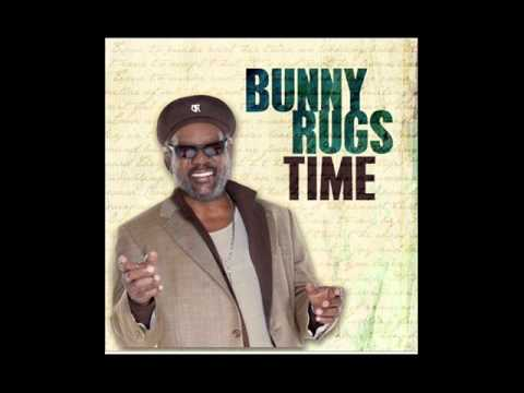 Bunny Rugs - Love is blind