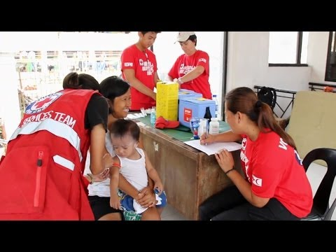 Vaccination Campaign in Tacloban - Philippines | UNICEF