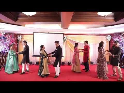 Parents Of The Bride And Groom Dance   Ek Main Aur Ek Tu   Aaj Kal Tere Mere Pyaar Ke   Old Couples