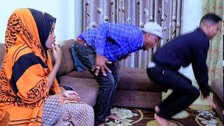 Iidle yare oo faataale kasoo dhaxbaxay iyo Qaali Ladan Short Film 2017