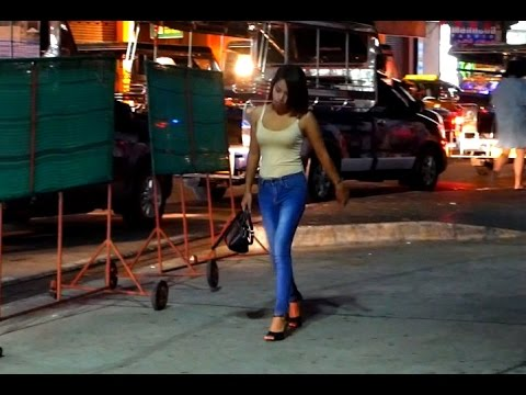 Pattaya Nightlife - People Watching 2017 HD
