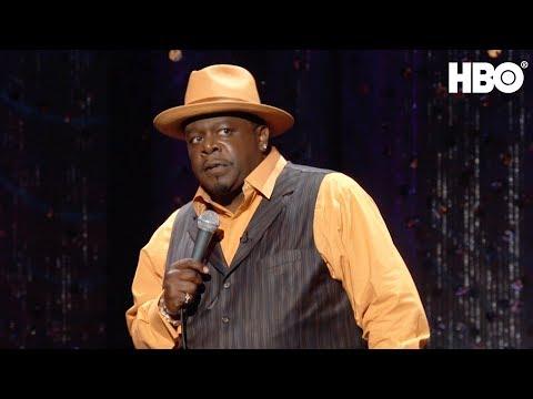 Cedric The Entertainer: Love of Serena Williams & Black NASCAR | HBO