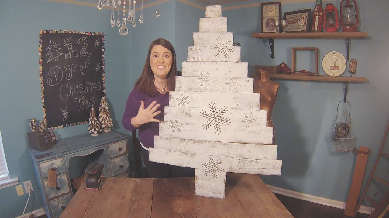 How to make a diy wood pallet christmas tree youtube Christmas trees made out of wood
