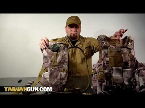 How to assemble a hydration pack to the tactical vest.