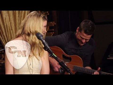 "Sandra Lynn Performs ""Want You To Want Me"" 