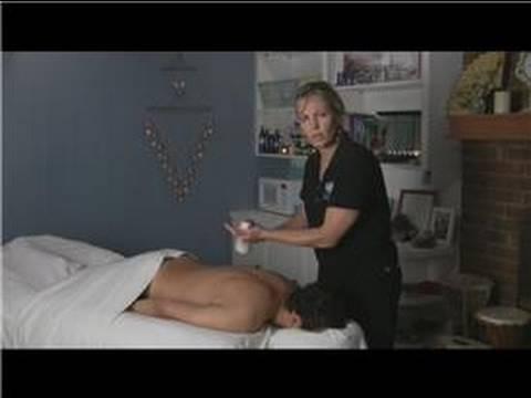 Deep Tissue Massage : How to Give a Deep Tissue Spine Massage