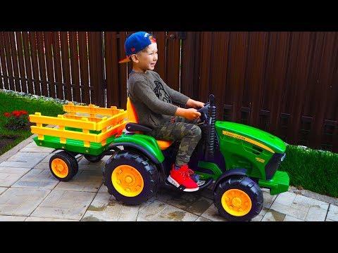 видео: Сеня Распаковывает и Играет с Новым Трактором Бульдозером