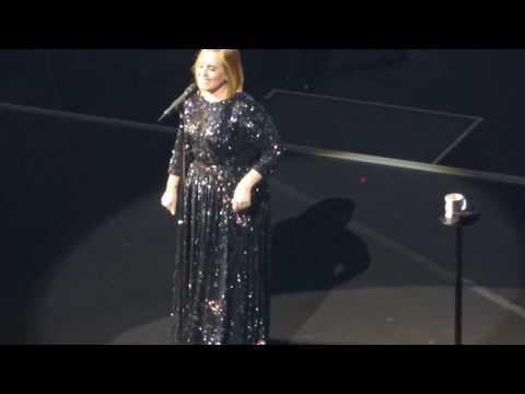 2/7 Adele - Monday Night Crowd + Rumour Has It @ Verizon Center, Washington, DC 10/10/16