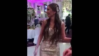 Невеста бросает букет / Красивая армянская свадьба в Ереване 2017