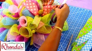 How to make a deco mesh Easter rabbit/bunny table centerpiece.