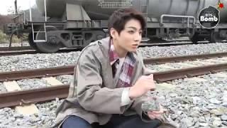 [Sub español] [BANGTAN BOMB] Jungkook sigue siendo un bebé. #HappyJKday