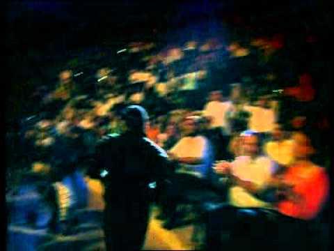 גד אלבז בהופעה חיה בקיסריה - העם מחפש מנוח  Gad Elbaz Live In Caesarea - Haham Mehapes Manoach