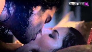 Repeat youtube video Watch Sunny Leone share a long sensuous kiss with co-star Saahil Prem in Ragini MMS 2