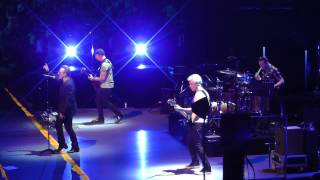 u2-july-11-2015-25-one-crowd-sings-for-bono---boston-ma-full-show