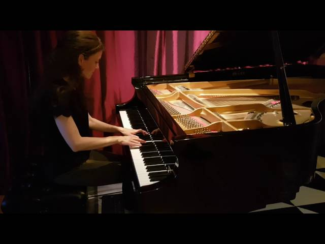 Studio de piano Tristan Lauber; advanced Nora playing Chopin
