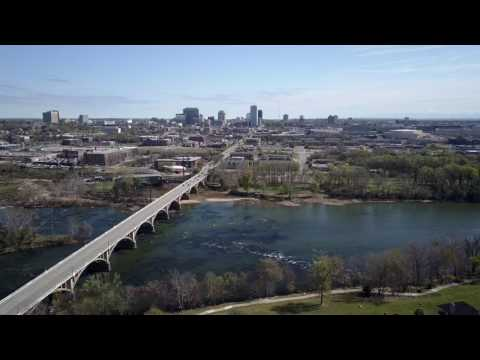 Raw Stock Footage - Columbia SC Gervais Street Bridge Skyline 2 (4k)